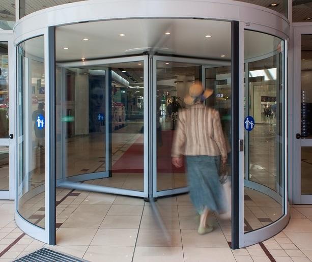 Автоматична въртяща врата с диаметър от 3,60м до 5,40м