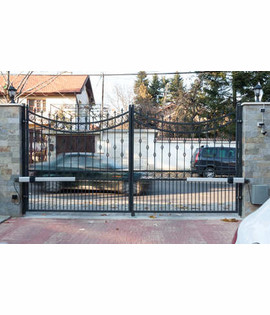 Automatic operators for swing gate